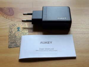 AUKEY PA-Y20 USB-C Ladegerät Lieferumfang